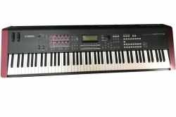 Yamaha MOXF8 88 Tasten Synthesizer Workstation