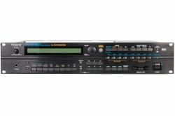 Roland XV-3080 Synthesizer