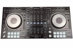Pioneer DDJ-RZ 4-Kanal DJ