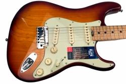 Fender American Elite Strat.