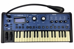 Novation MiniNova Synthesizer mit Vocoder