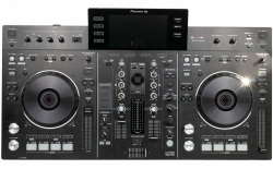 Pioneer XDJ-RX all-in-one DJ System + Odyssey Black Label Case