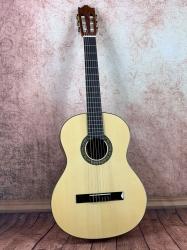 Ibanez G10-NT Konzertgitarre