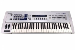 YAMAHA CS6x Digital Synthesizer